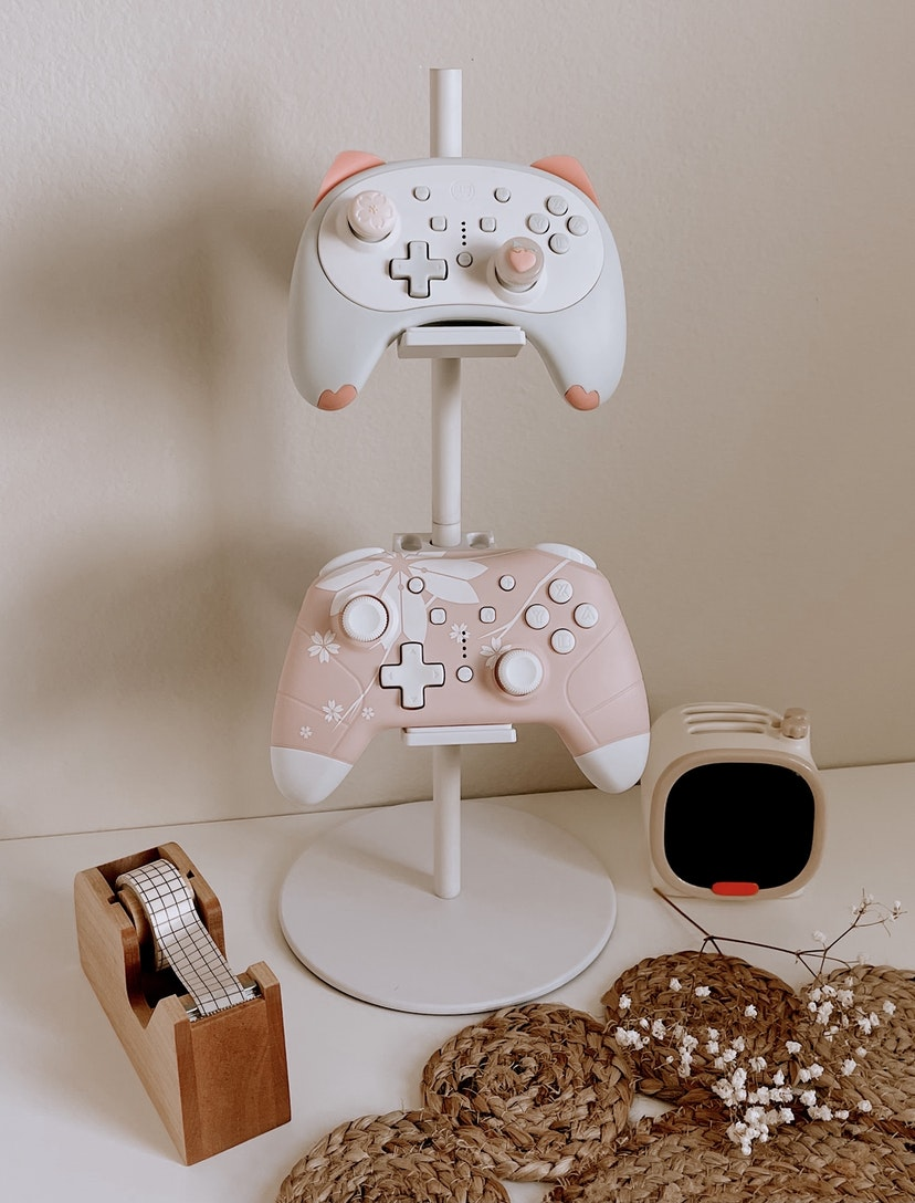 White Controller Stand